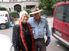 Gunter Demnig und Louise Kerz